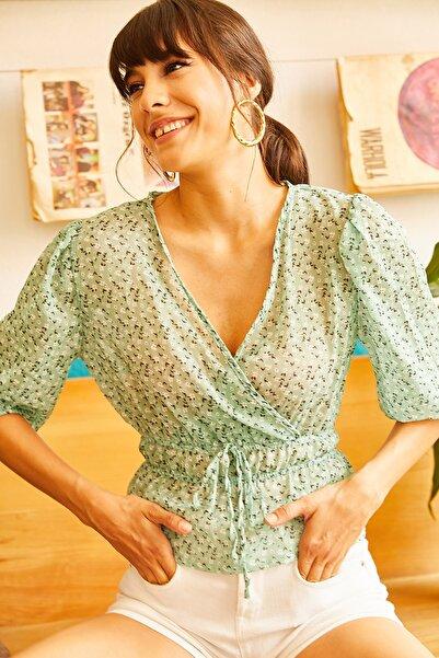 Olalook Kadın Mint Yeşili Bel Büzgülü Kruvaze Şifon Bluz BLZ-19001049