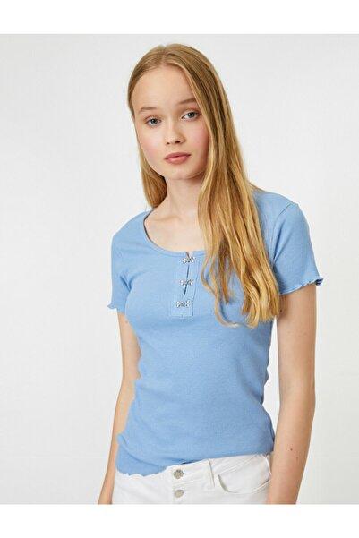 Koton Kadın Mavi Yaka Detayli Kisa Kollu T-Shirt