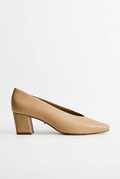 Violeta by MANGO Kadın Ekrü Topuklu Deri Ayakkabı 77024420