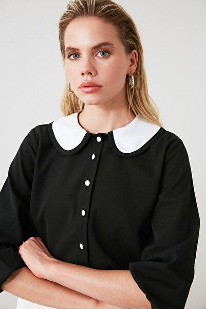 TRENDYOLMİLLA Siyah Yaka Detaylı Gömlek TWOAW20GO0245