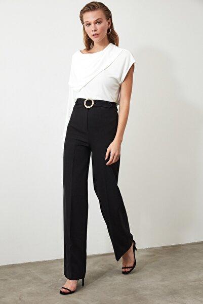 TRENDYOLMİLLA Siyah Taş Detaylı Geniş Paça Pantolon TWOAW20PL0534