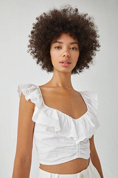 Pull & Bear Kadın Beyaz Dantel Şeritli Crop Top 09470400