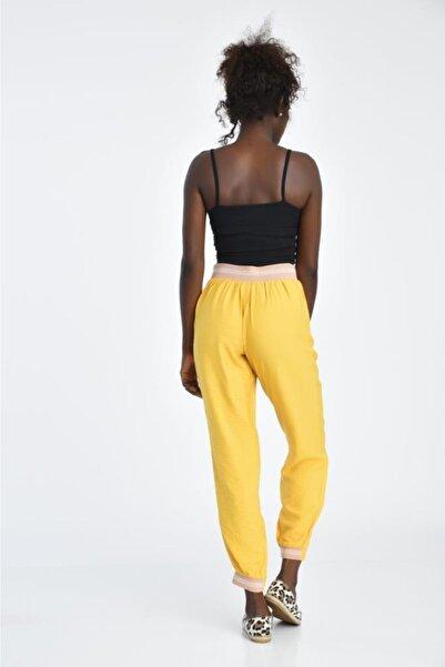 Modkofoni Bağcıklı Belden Ve Bilekten Lastikli Sarı Pantolon