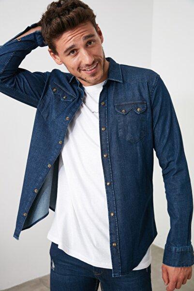 TRENDYOL MAN Lacivert Erkek Likralı Kalın Cep Şeritli Denim Gömlek TMNSS20GO0106