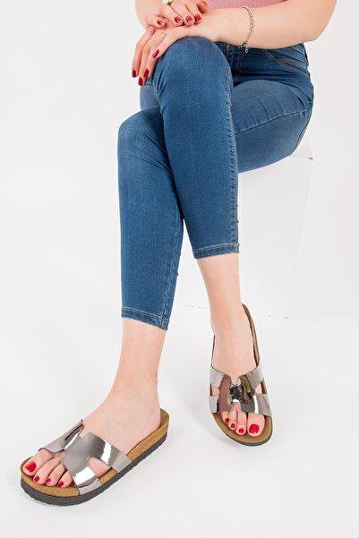 Fox Shoes Kadın Platin Terlik