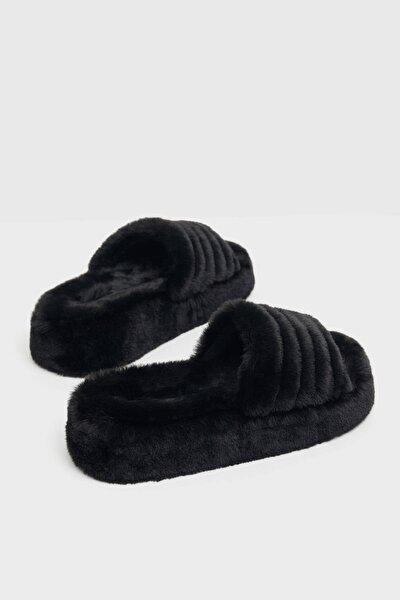 Bershka Siyah Dolgulu Suni Kürklü Platform Sandalet