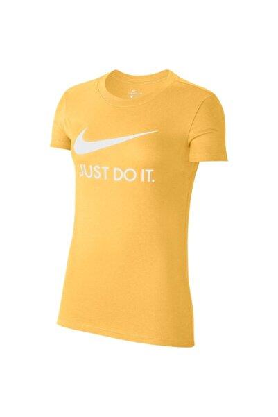 Nike Sportswear Bayan Tişört