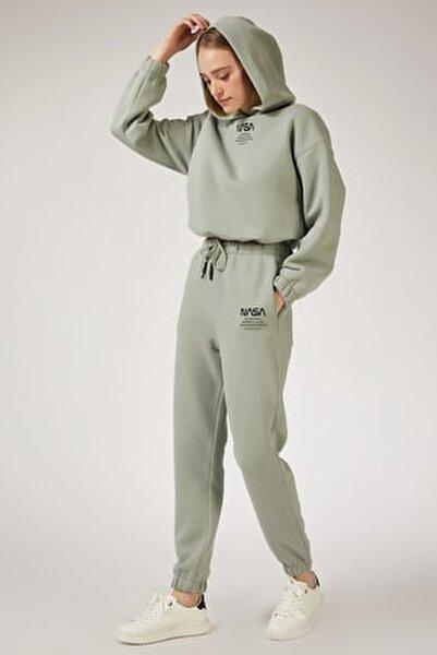 Kadın Çağla Yeşili Polarlı Baskılı Eşofman Takımı  DD00730