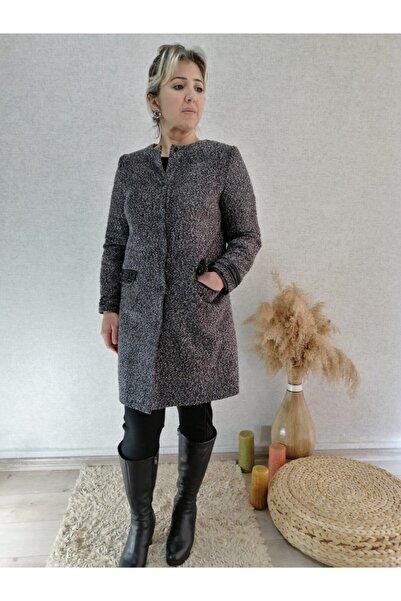 Femina Kolu Boncuk Detaylı Ceket