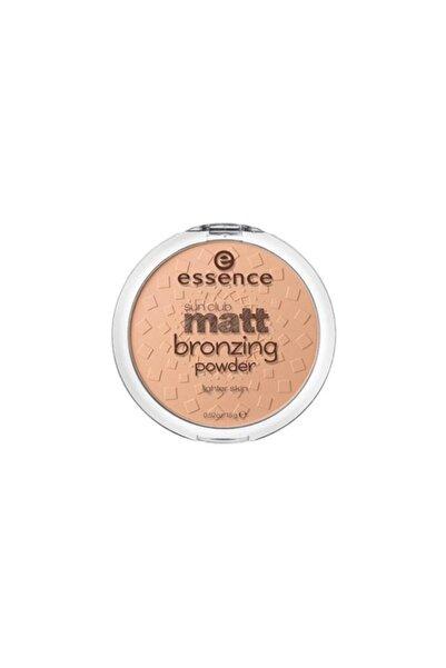 Essence Sun Club Matt Bronzing Powder 01. Natural