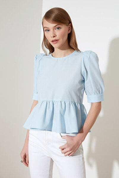 TRENDYOLMİLLA Mavi Fırfır Detaylı Bluz TWOSS20BZ0494