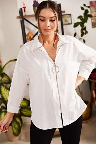 Kadın Beyaz Önü Fermuarlı Salaş Gömlek ARM-21K024090