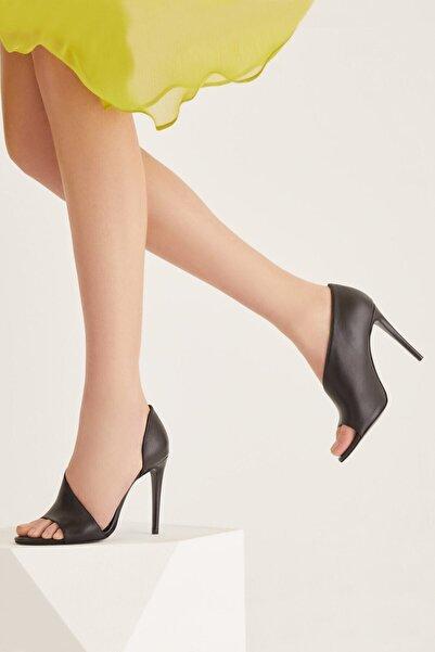 RENGIN Tek Yandan Kapalı Burnu Açık Hakiki Deri Topuklu Ayakkabı
