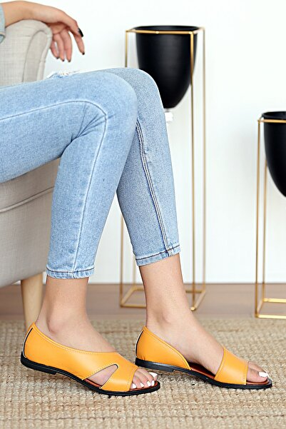 Pembe Potin Kadın Hardal Sandalet