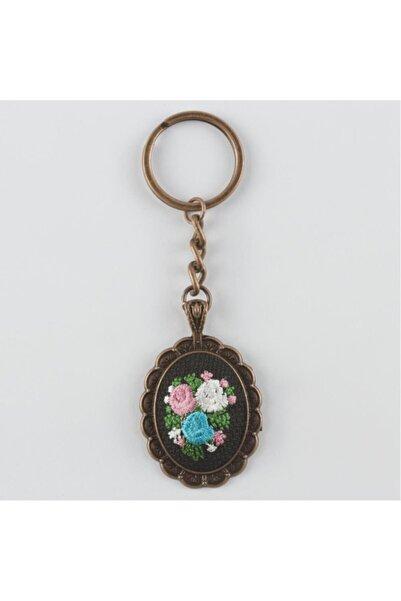 Peyless Çiçek Figürlü Kanaviçe Anahtarlık