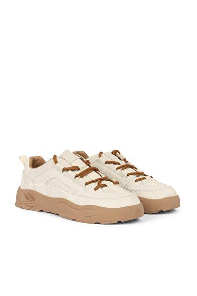 Twist Sneaker