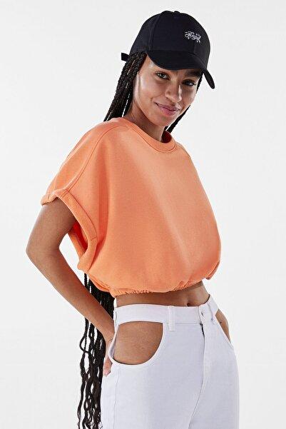 Bershka Kadın Turuncu Kıvrık Detaylı Kısa Kollu Sweatshirt 01655700