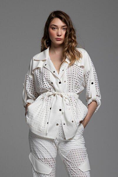 Tuba Ergin Kadın Beyaz Lazer File Detaylı Bağlamalı Ceket
