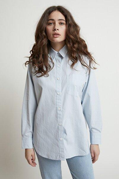 Levi's Kadın Uzun Boy Geniş Kalıp Beyaz Dad Gömlek