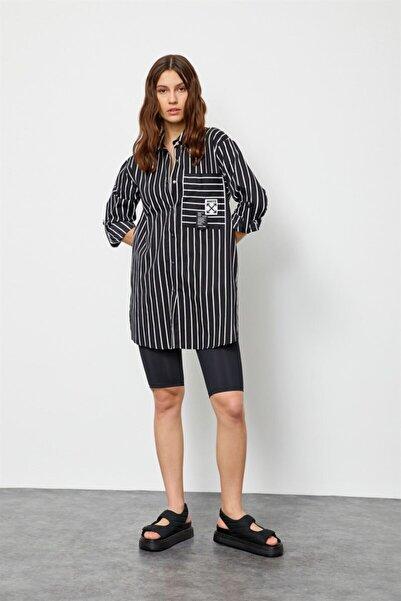 Setre Siyah-beyaz Çizgili Düğme Detaylı Tunik