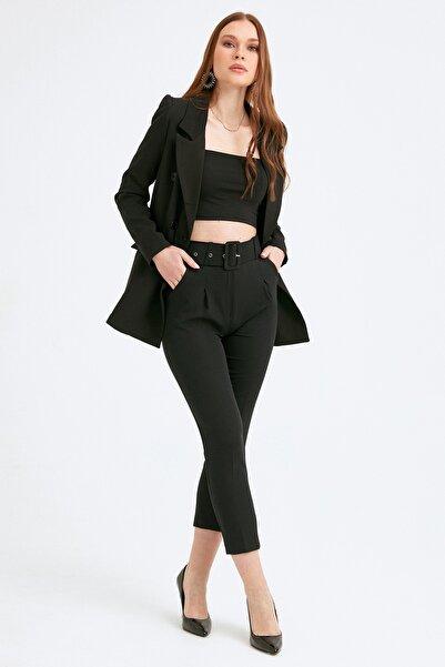 Fulla Moda Kadın Siyah Kemerli Pileli Kumaş Pantolon