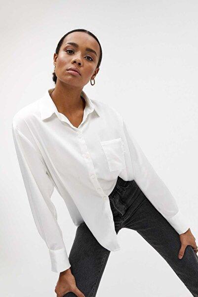 Madmext Kadın Beyaz Saten Gömlek Mg919