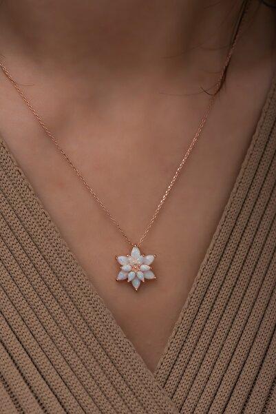 Papatya Silver Beyaz Opal Taşlı 925 Ayar Gümüş Lotus Kolye