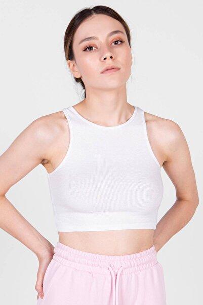 Addax Kadın Beyaz Kolsuz Bluz A0962 - T1 ADX-0000022396