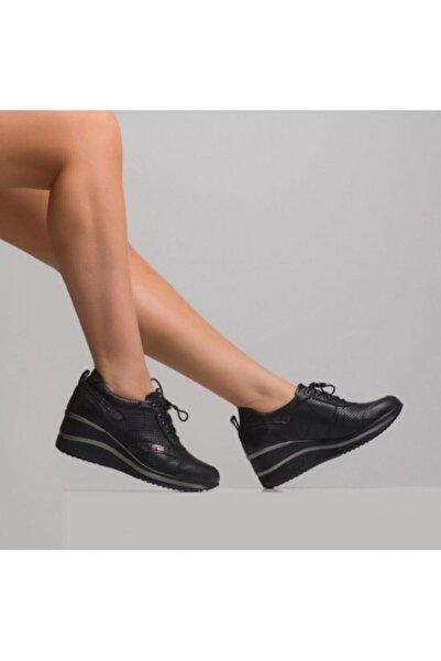 Venüs Kadın  Siyah Hakiki Deri Yüksek Taban  Ayakkabı 2111502