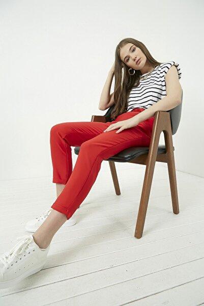 Vis a Vis Kadın Kırmızı Duble Paça Havuç Pantolon