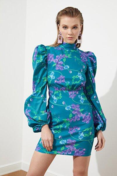 TRENDYOLMİLLA Çok Renkli Balon Kollu Elbise TPRSS21EL0079