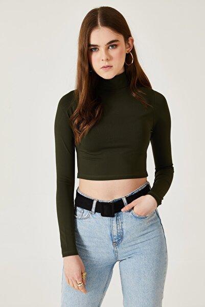 oshebu Kadın Dik Yaka Dalgıç Kumaş Crop Bluz