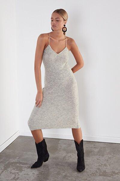 JOIN US Kadın Gri Çapraz Askılı Triko Elbise