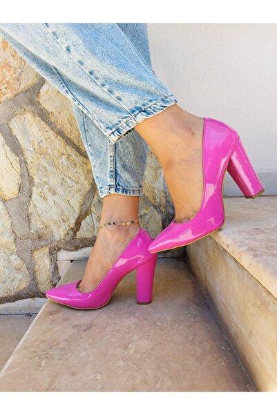 Venüs Kadın Pembe Rugan Klasik Topuklu Ayakkabı