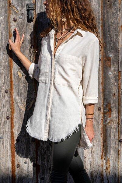 Güneşkızı Kadın Bej Keten Dokulu Yanı Düğmeli Eteği Püsküllü Gömlek GK-AYN1666