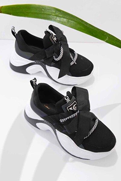 Bambi Sıyah Kadın Sneaker L0545202817