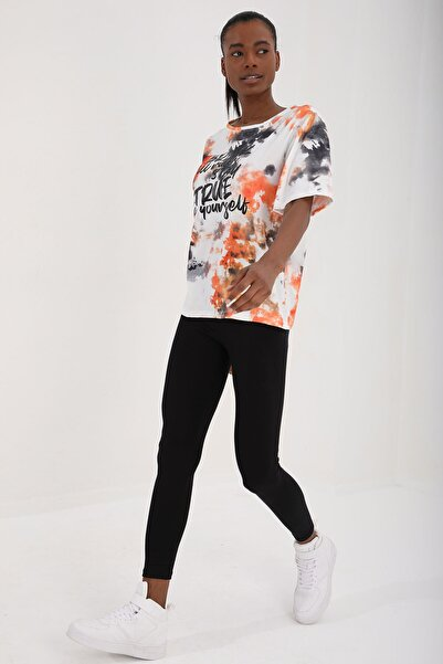 Tommy Life Turuncu Kadın Yazı Baskılı Batik Desenli Oversize O Yaka T-shirt - 97125