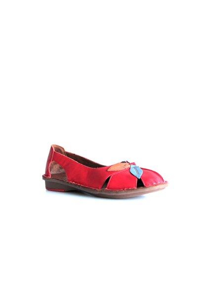 Beta Shoes Kadın Hakiki Deri Günlük Ayakkabı Kırmızı