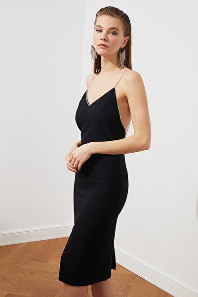 TRENDYOLMİLLA Siyah Aksesuar Detaylı  Elbise TPRSS20EL2061