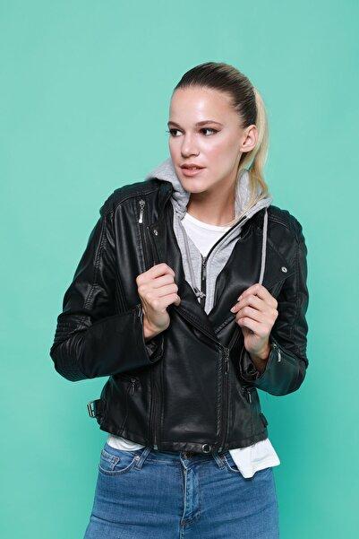 BEBE PLUS Kadın Kapüşonlu Deri Ceket