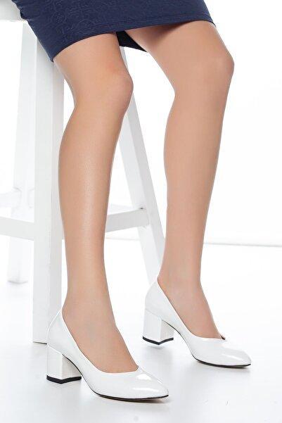 MUGGO Kadın Beyaz Klasik Topuklu Ayakkabı