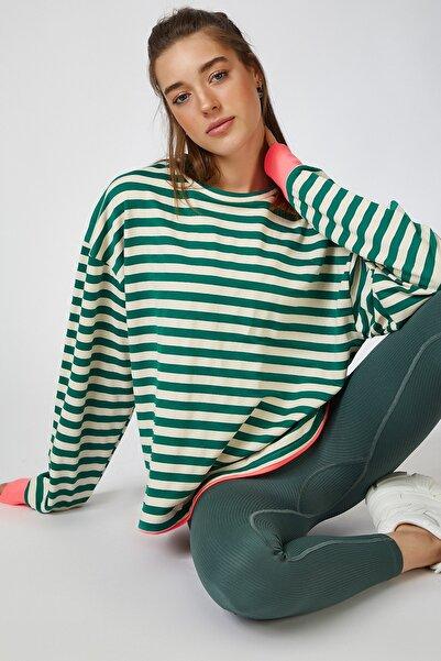 Happiness İst. Kadın Yeşil Renk Detaylı Çizgili Dökümlü Örme Bluz OX00069