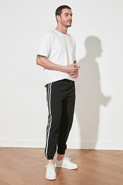 TRENDYOL MAN Siyah Erkek Jogger Şeritli Lastikli Eşofman Altı TMNSS20EA0050