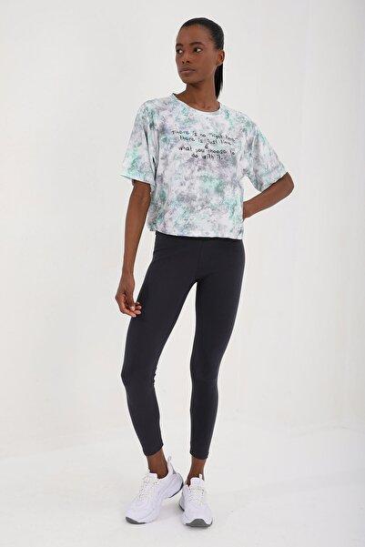 Tommy Life Yeşil Kadın Yazı Baskılı Karışık Batik Desenli Oversize O Yaka T-shirt - 97129