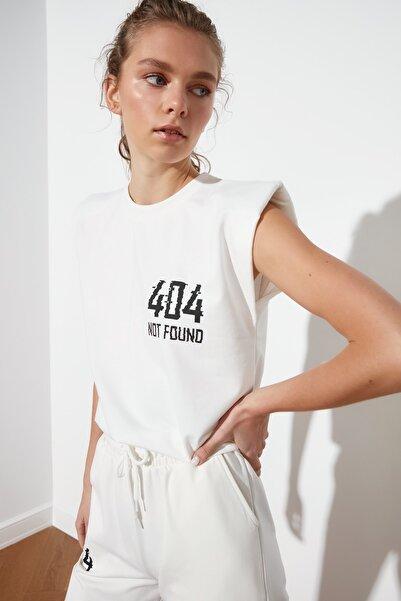 TRENDYOLMİLLA Ekru Baskılı Kolsuz Örme T-Shirt TWOSS21TS0371