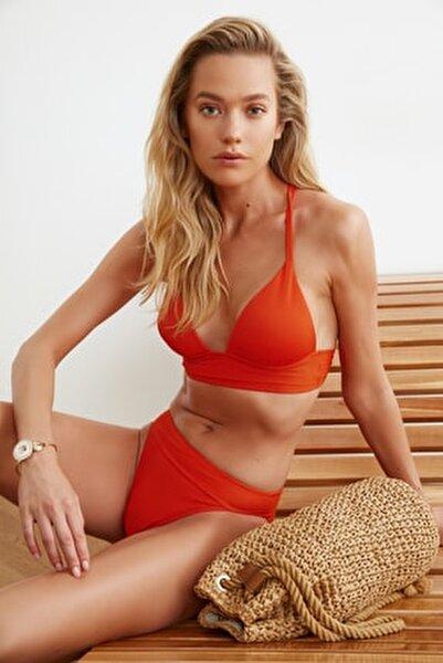 Turuncu Üçgen Bikini Üstü TBESS21BU0010
