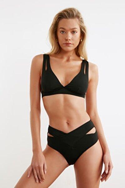 Siyah Cut-Out Detaylı Yüksek Bel Bikini Altı TBESS20BA0184
