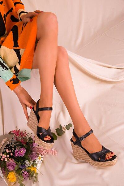 SOHO Siyah Kadın Dolgu Topuklu Ayakkabı 15943
