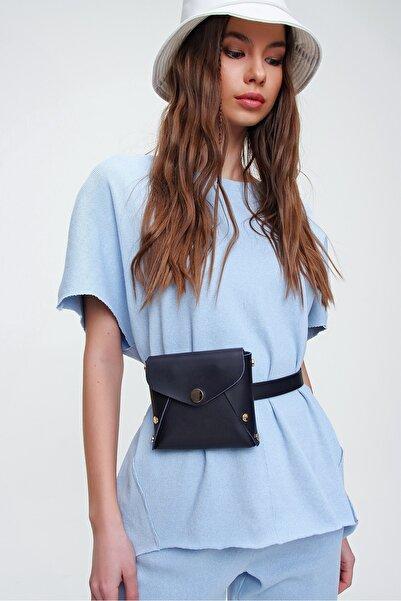Trend Alaçatı Stili Kadın Siyah Kemerli Zarf Çanta ALC-A2166