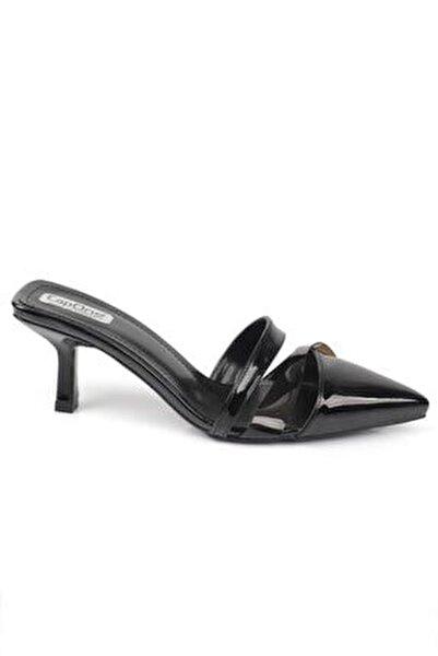 Kadın Siyah Topuklu Şeffaf Bantlı Kapalı Terlik